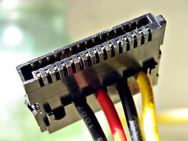 Cable de alimentación SATA